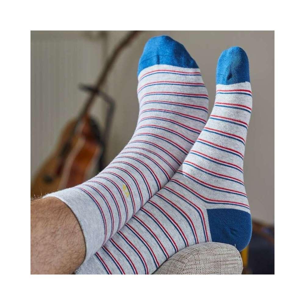 Chaussettes rayées gris-bleu
