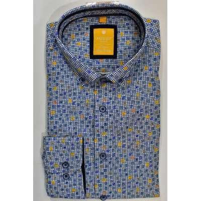 Chemise à fond clair